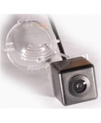 Suzuki Камера заднего вида IL Trade 1327 SUZUKI GrandVitara/Jimny (2005+)/XL-7 (2000-2007)/SX4 5D (2006+)