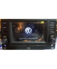 Skoda Штатная магнитола RCD 330 MQB VW/ Skoda  Plus CAN Mirror Link УЦЕНКА